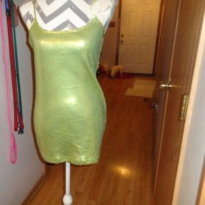 Buckle Jeans Green Lime Matte Sequin Top M